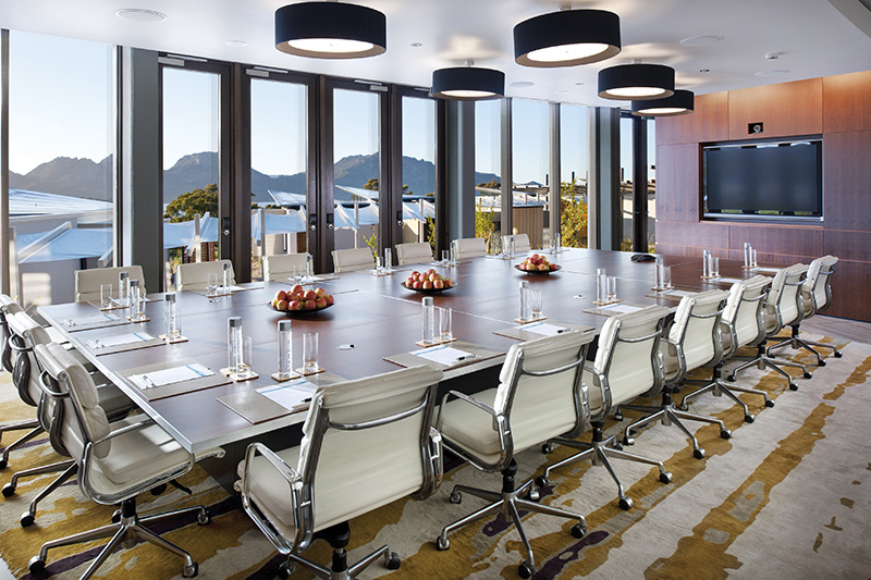 Saffire-Freycinet-Hinged-doors-boardroom